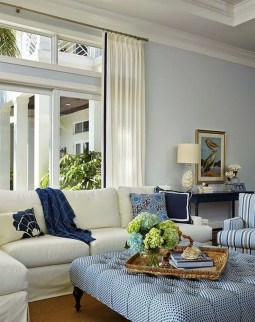 Elegant Coastal Themed Living Room Decorating Ideas21