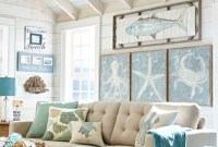 Elegant Coastal Themed Living Room Decorating Ideas25