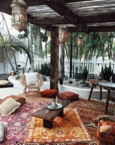 Inspiring Boho Outdoor Decorating Ideas For Backyard04