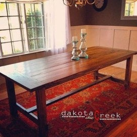 Pretty Farmhouse Table Design Ideas For Kitchen10