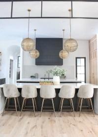 Pretty Farmhouse Table Design Ideas For Kitchen20