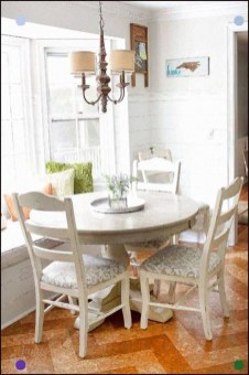 Pretty Farmhouse Table Design Ideas For Kitchen25