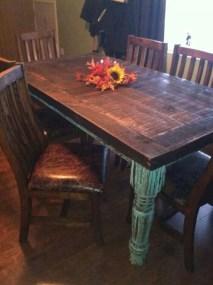 Pretty Farmhouse Table Design Ideas For Kitchen27