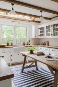 Pretty Farmhouse Table Design Ideas For Kitchen30