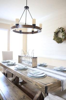 Pretty Farmhouse Table Design Ideas For Kitchen38