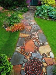 Unique Garden Decorating Ideas30