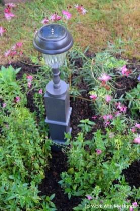 Unique Garden Decorating Ideas39