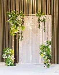 Unordinary Wedding Backdrop Decoration Ideas15