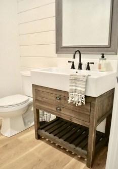 Vintage Farmhouse Bathroom Decor Design Ideas11