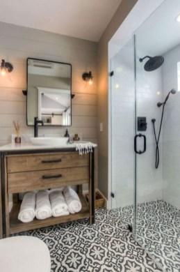 Vintage Farmhouse Bathroom Decor Design Ideas15