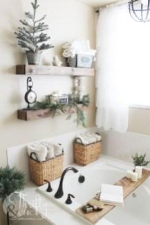 Vintage Farmhouse Bathroom Decor Design Ideas31