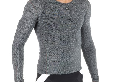 Giordana Ceramic Base Layers have beneficial effects to circulation and well-being with their unique ceramic fibers and are true all-season garments because of the Resistex® Bioceramic technology.