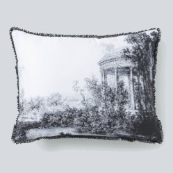 3. Coussin amour.