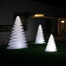 4. Sapins de Noël lumineux.