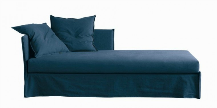 Fox méridienne, Méridiani, 92 x 209 x 73 cm, prix sur demande, 278, boulevard Saint-Germain, 75007 Paris.