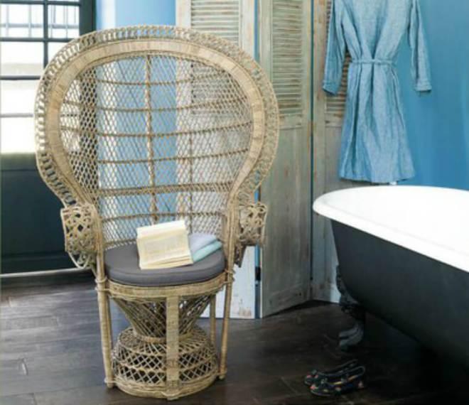 Fauteuil en rotin, 269,90 €, http://www.maisonsdumonde.com/FR/fr/produits/fiche/fauteuil-de-jardin-rotin-emmanuelle-111078.htm