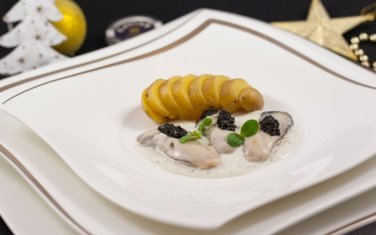e030-huitre-pochee-caviar-800x500