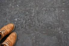 3. Terrazzo ciment teinté dans la masse.