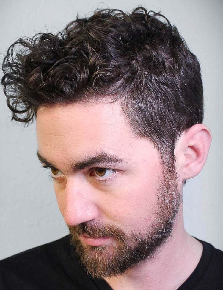 Coiffures Cheveux Bouclés pour Homme 37