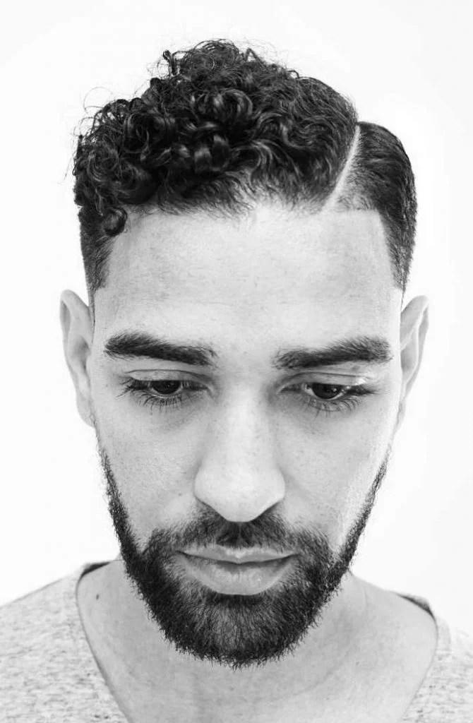 Coiffures Cheveux Bouclés pour Homme 38