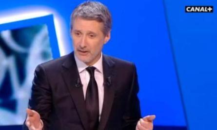 Antoine-de-Caunes-presentera-le-Grand-Journal_image_article_large