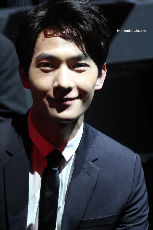 actor yang yang smiles