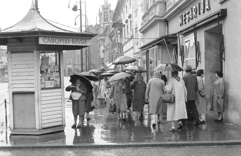 Na Glavnem trgu leta 1959