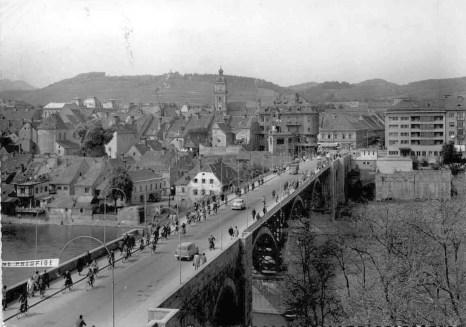 Pogled na stari most okoli leta 1960