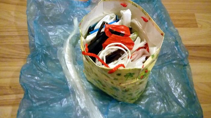 Zaloga plastičnih vrečk, Foto: Tanja Jerebic