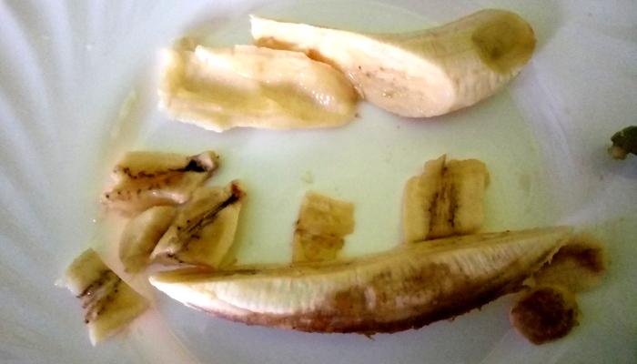Gnijoča banana, Foto: Tanja Jerebic