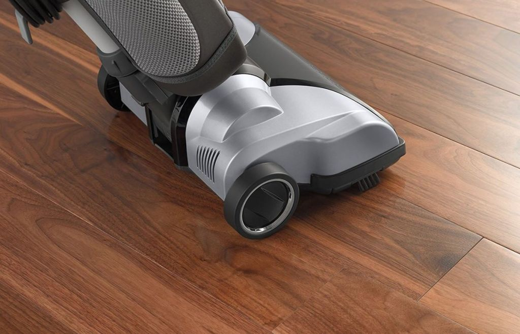 TOP 10 Best Bagged Vacuum Cleaners - [2018 UPDATED]