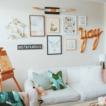 Awesome Gallery Wall Design Ideas 23