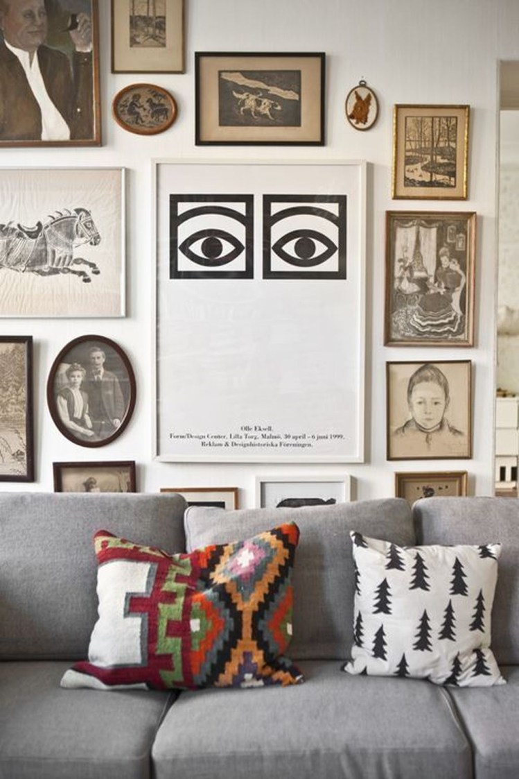 Awesome Gallery Wall Design Ideas 32