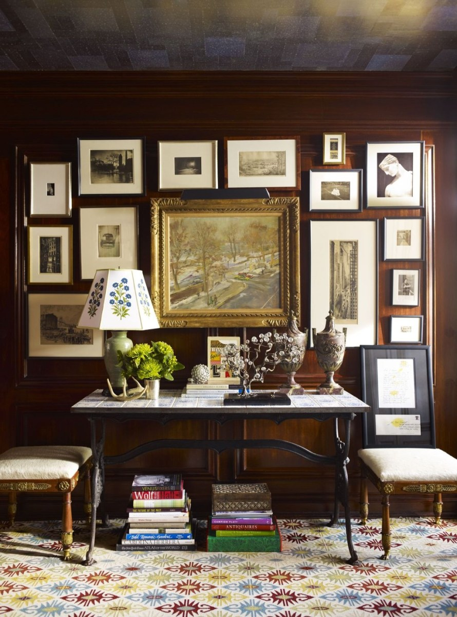 Awesome Gallery Wall Design Ideas 43