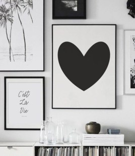 Beautiful Valentine Wall Decor And Color Ideas 02