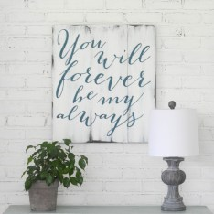 Beautiful Valentine Wall Decor And Color Ideas 13