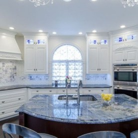Inspiring Blue And White Kitchen Color Ideas 09