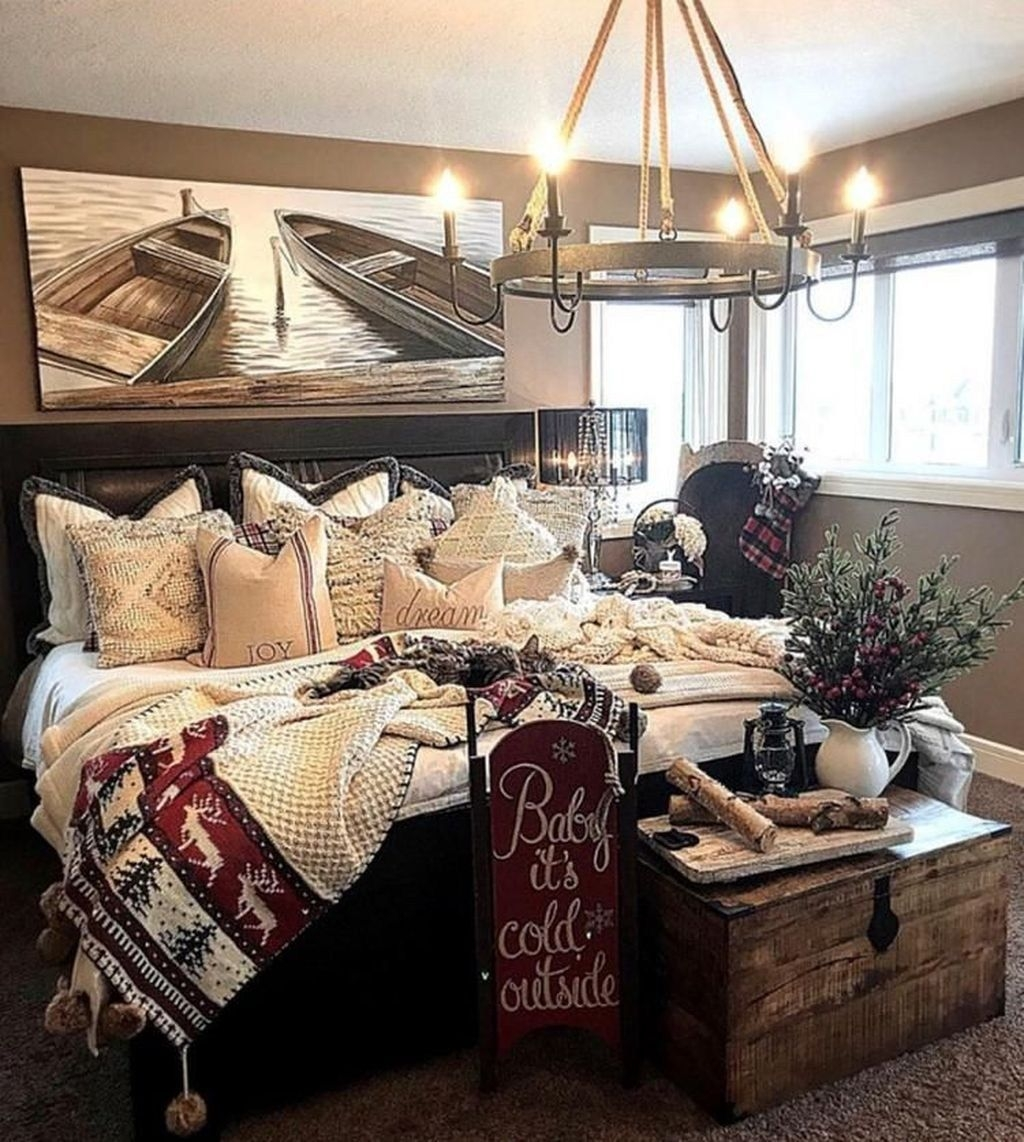 Lovely Winter Master Bedroom Decorations 15