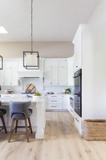 Stunning White Kitchen Design Ideas 06