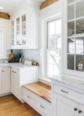 Stunning White Kitchen Design Ideas 12