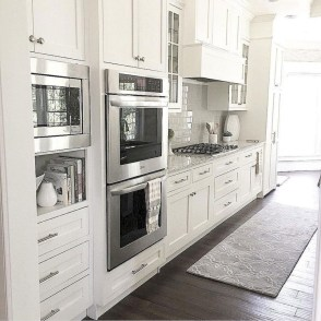 Stunning White Kitchen Design Ideas 16