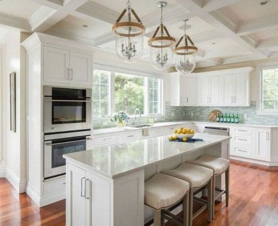 Stunning White Kitchen Design Ideas 27