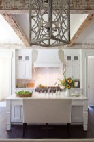 Stunning White Kitchen Design Ideas 39