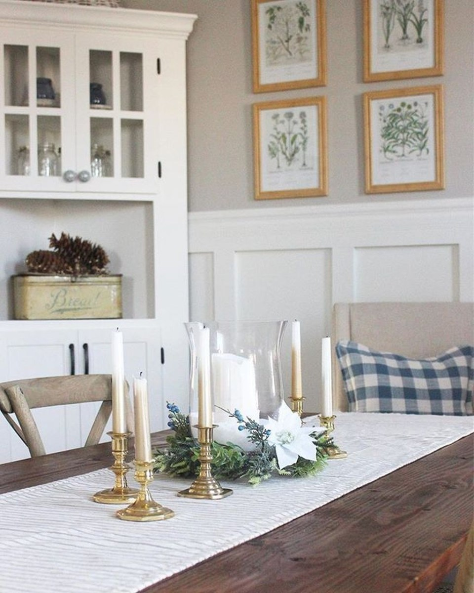 Winter Dining Room Decoration Ideas On Your Table 25