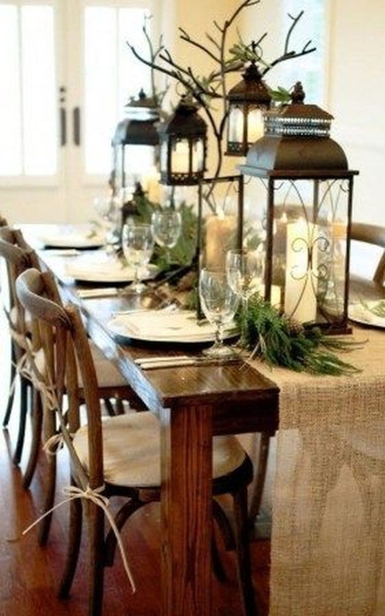 Winter Dining Room Decoration Ideas On Your Table 42