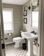 Affordable Farmhouse Bathroom Design Ideas 22