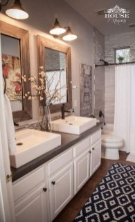 Affordable Farmhouse Bathroom Design Ideas 30