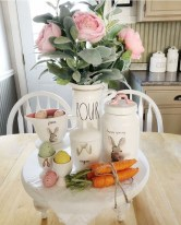 Amazing Bright And Colorful Easter Table Decoration Ideas 09