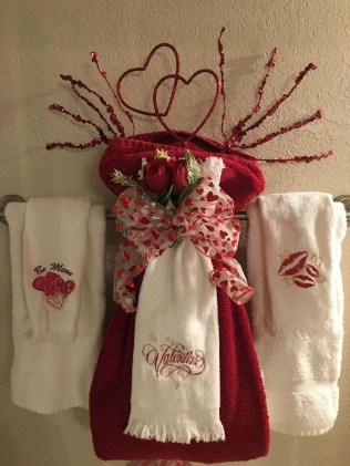 Cute Bathroom Decoration Ideas With Valentine Theme 21