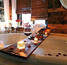 Cute Bathroom Decoration Ideas With Valentine Theme 27